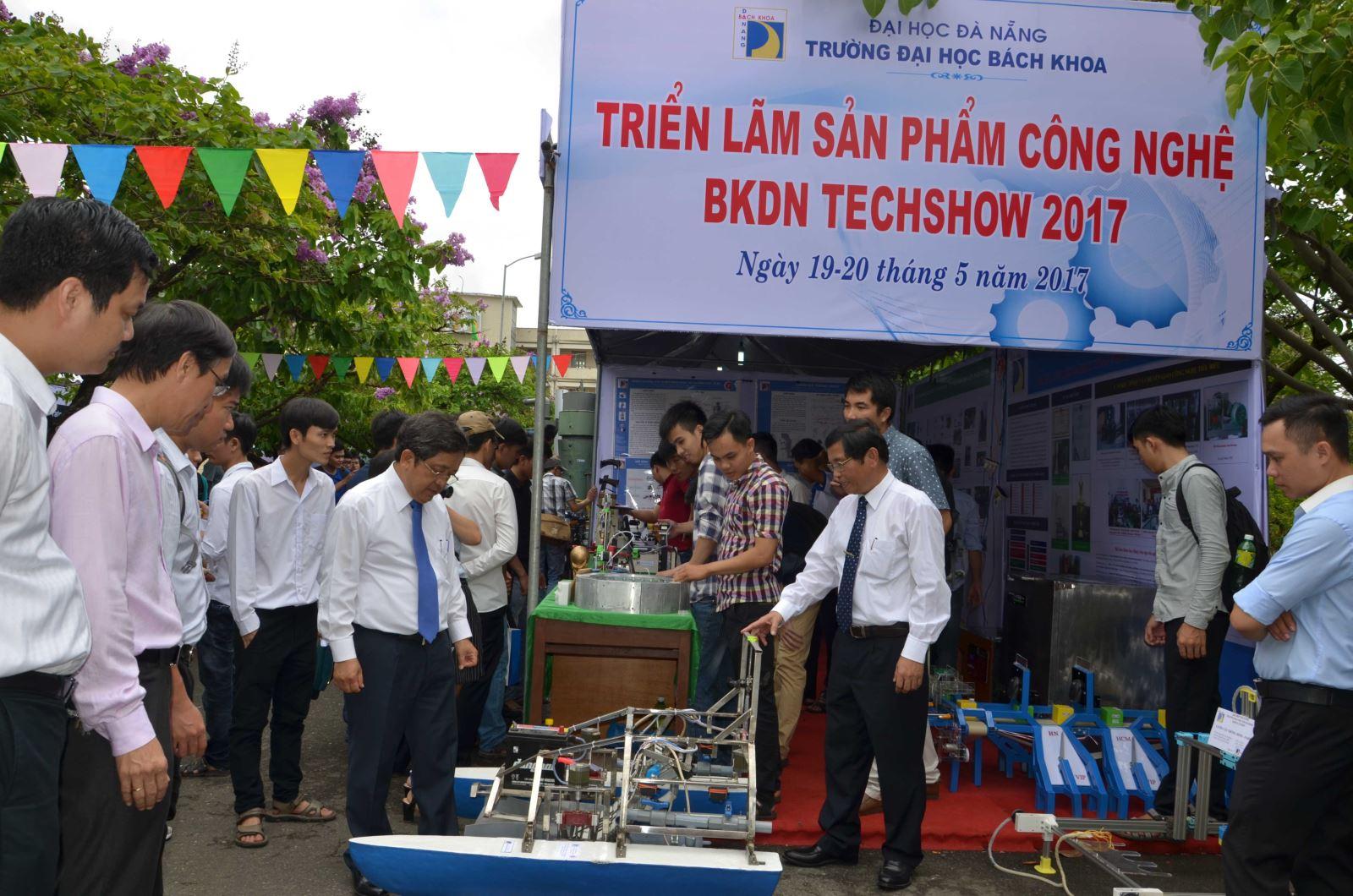 """Khai mạc """"Triển lãm Sản phẩm Công nghệ BKDN TECHSHOW 2017"""""""